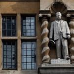 Oxfordban is szobordöntésre készülnek