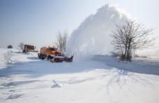 Holnap újra rákezd a havazás, a Kékesen már 37 centi hullott