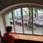 Megjelent a friss középiskolai rangsor, újabb részletek a kötelező nyelvvizsgáról: a hét hírei röviden