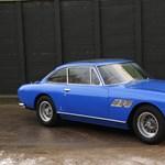 Eladó a frissjogsis John Lennon azúrkék Ferrarija
