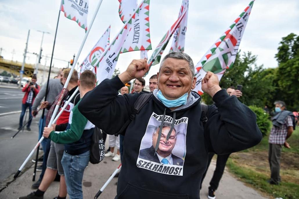 tg.20.07.24. index tüntetés, Momentum, index.hu, Jobbik Szabad ország, szabad sajtó! Tüntetés a magyar sajtószabadságért