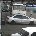 Több autóba beleült, kocsikázott velük, majd megdézsmálta az ózdi telephely hűtőjét