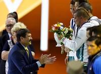 Megtiltották az olimpiai bajnok kardvívónak, hogy Áderrel együtt adjon át érmet a pesti vb-n