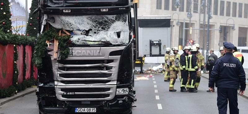 A boncolás szerint másképp volt hős a lengyel kamionsofőr Berlinben