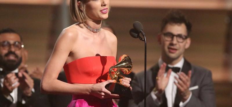 Grammy-díjat kapott Jimmy Carter exelnök – fotók, videók