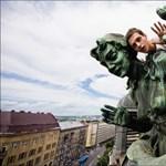 Megmásztak mindent: lélegzetelállító videók Ukrajnából