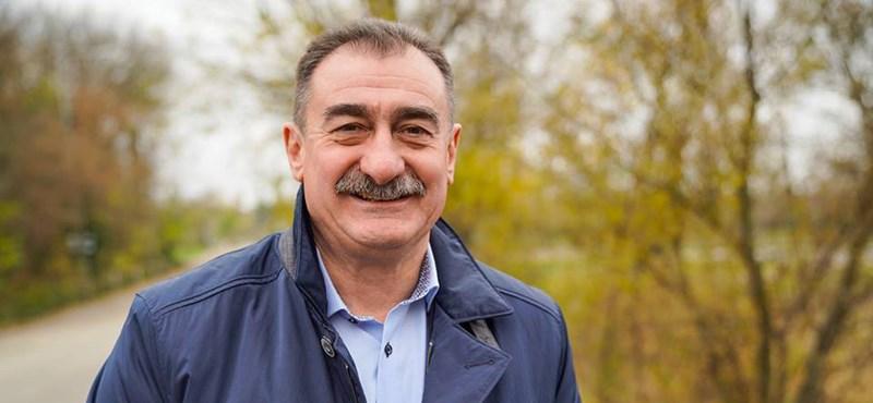 A soroksári polgármester ingatlanfelújítására is pénzt adott a kerület