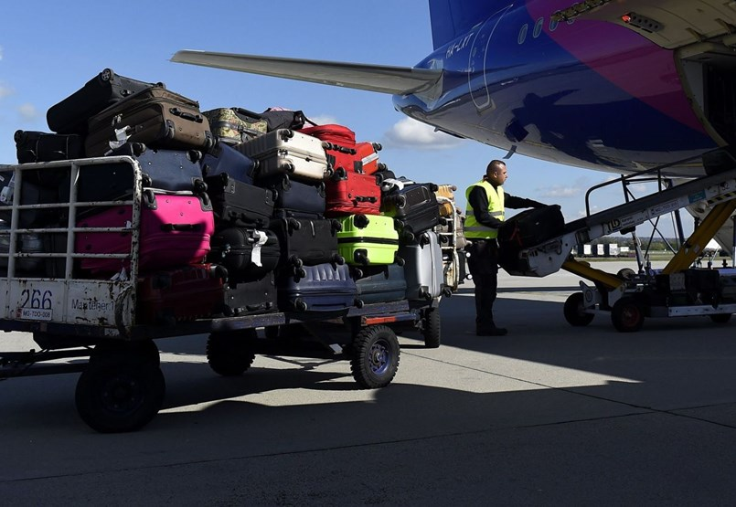 Nem is szólnak nekünk, ha radioaktív anyaggal repülünk nyaralni
