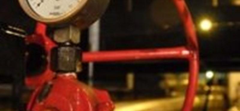 Szennyezett olaj Oroszországból: nem veszi át a Mol a Barátság vezetéken érkező kőolajat