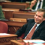 Húsz éve hasonló helyzetben még megpuccsolták a magyar miniszterelnököt