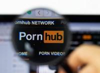 A nők leginkább egymást szeretik nézni a világ vezető pornóoldalán