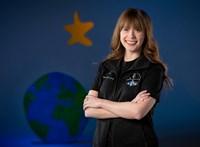 Egy csontrákot legyőző, 29 éves orvosasszisztens lesz a SpaceX civil űrmissziójának egyik tagja