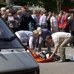 Diákok is megsérültek egy pokolgépes robbantássorozatban Ukrajnában