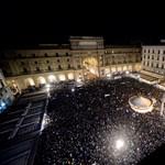 Tízezrek tüntettek Salvini ellen Firenzében
