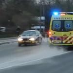 Szirénázó mentőautóra húzta rá a kormányt a Kia sofőrje – videó