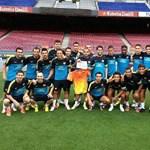 Fotó: összeállt a Barcelona a leukémiás magyar focistáért