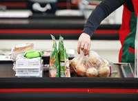 Nem áll meg az élet az ünnepek alatt sem: körülbelül 20 ezer bolt lehet nyitva az országban
