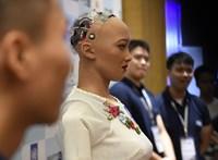 Robottal csináltatta meg a házi feladatát egy 15 éves kínai lány