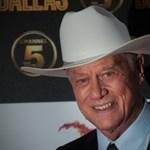 Mentőt hívott egy idős nő, de aztán rájött, hogy kezdődik a Dallas