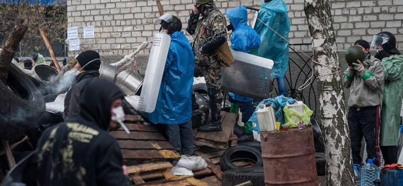 Lejárt az orosz fegyvereseknek adott ultimátum