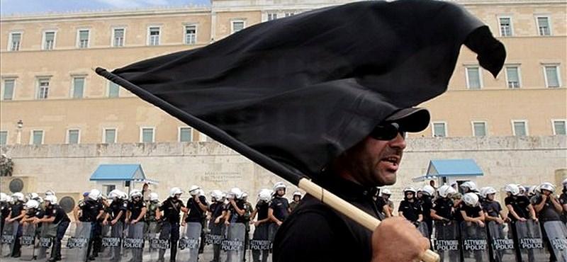 Athén a válság árnyékában - Nagyítás fotógaléria