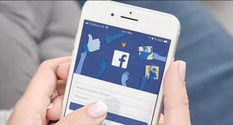 Hasznos funkciót kap a Facebook, könnyen törölheti a korábbi bejegyzéseit