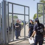 Pintér: Regisztráció nélkül ment át Magyarországon 84 ezer migráns