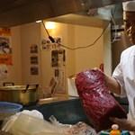 Nagy pénzt fizettek az elsőként kifogott bálnák húsáért Japánban