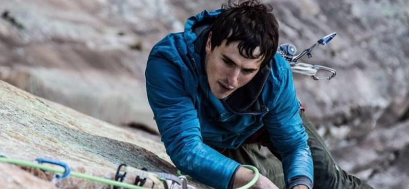 Háromszáz métert zuhant és meghalt a világhírű sziklamászó