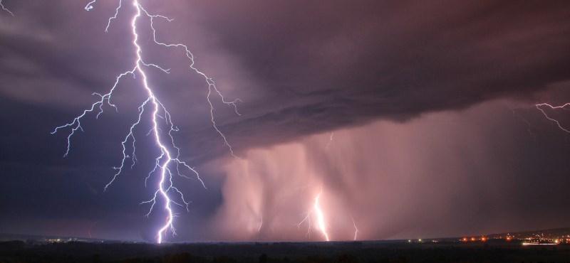 Este térhet vissza a vihar