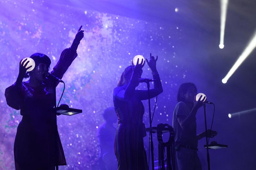 rev.19.08.12. Sziget fesztivál, koncert, Superorganism