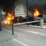 Pszichiátriáról szökött férfi gyújtott fel luxuskocsikat Pozsonyban