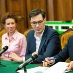 Aláírták a megállapodást: átlag 10 százalékkal nőnek az alapbérek a BKV-nál