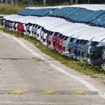 Datahouse: hirtelen visszaesett itthon az új autók száma