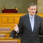 Jobbik: az Orbán-kormány alkotmánysértést követett el