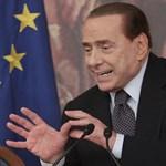 Berlusconi átadja a kormányfői posztot
