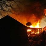 Több tucat halott egy amerikai repülőszerencsétlenségben - Sokkoló képek