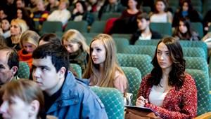 Ennyien tanultak a felsőoktatásban az elmúlt években: szuper videón a változások