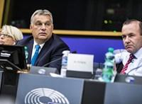 Az EU-s pénzekkel tartaná kordában Orbánt Weber