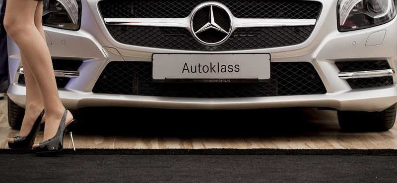 Óriási összeget költ a Daimler a német Mercedes-gyárra