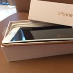 Ebből nagy baj lehet: egyre több iPhone 8 nyílik szét töltés közben