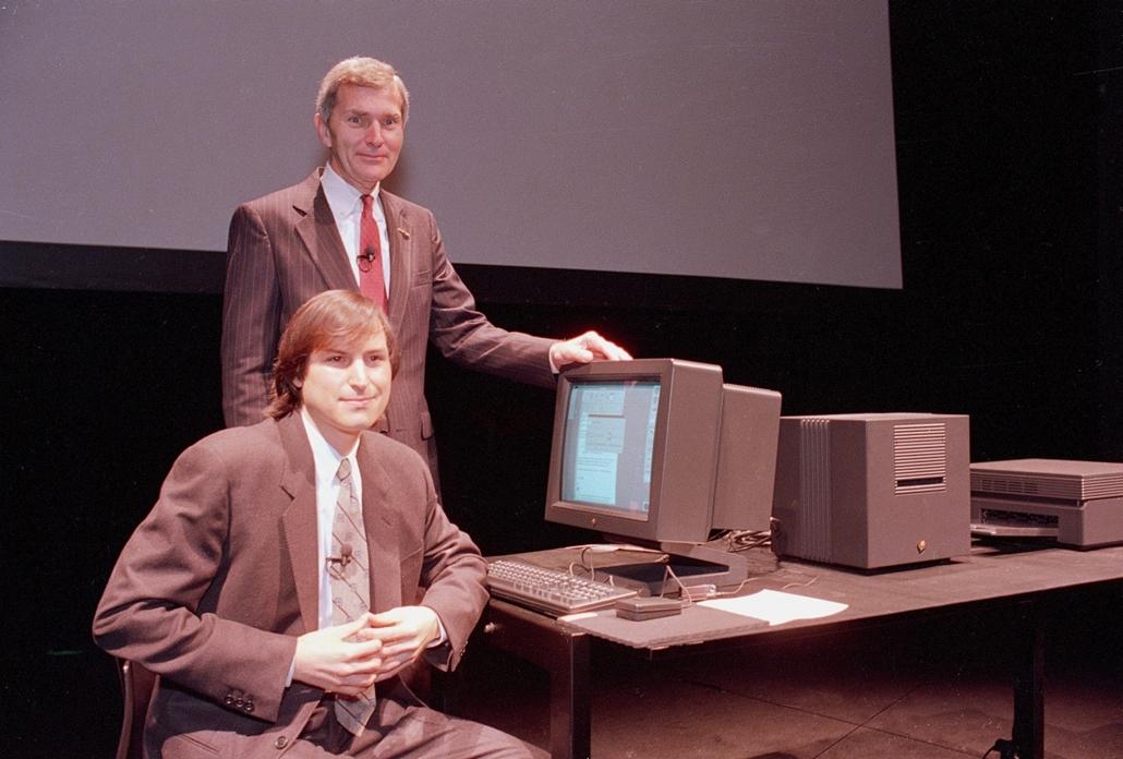 1989. március 30. - a NeXT Workstation bemutatója San Franciscoban- Steve Jobs évforduló -nagyítás