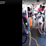 Megrovást kapott a buszsofőr, aki rendőrt hívott a vizet ivó kislányra