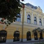A fideszes jelöltet támogatja a vásárhelyi plébános, ki is hirdeti