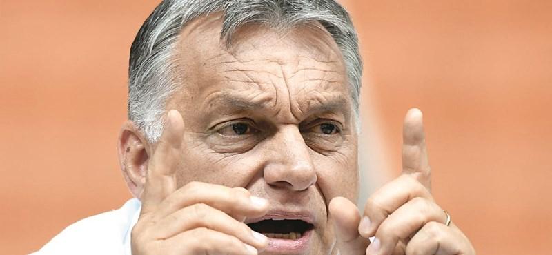 Szkanderező magyarokat néz ma Orbán Viktor Kirgizisztánban