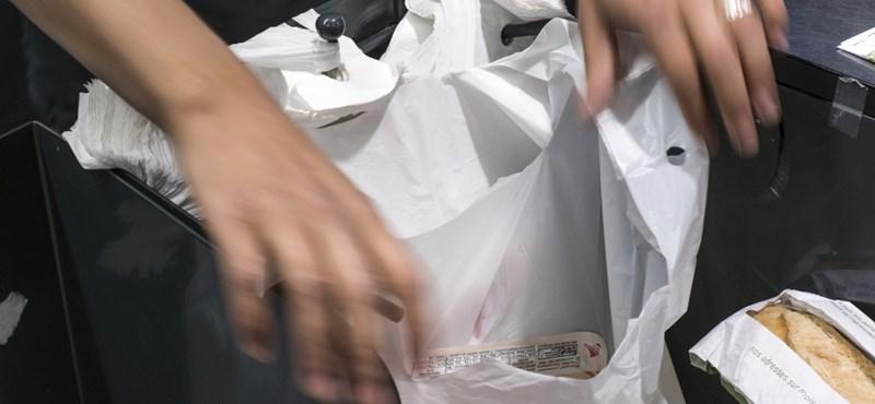 Magyarországon is betiltatnák a műanyag szatyrokat