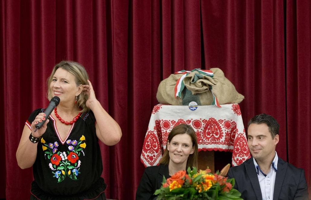 20140501004 - faz. 2014. május 1. Jobbik, Vona Gábor, Új Magyar Gárda - Morvai Krisztina EP-képviselő, Vona Gábor, a Jobbik elnöke