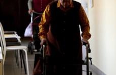 Már meglátogathatók az idősotthonban élők