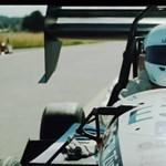 Mint egy katapult: megdőlt a legjobban gyorsuló autó rekordja
