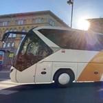 Október elsején indul az új Volánbusz, de a színen és a logón kívül semmi sem változik